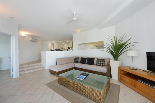 A seating area at Seascape Holidays at Beaches Port Douglas