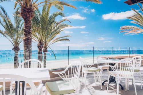 Un restaurante o sitio para comer en Iberostar Selection Fuerteventura Palace