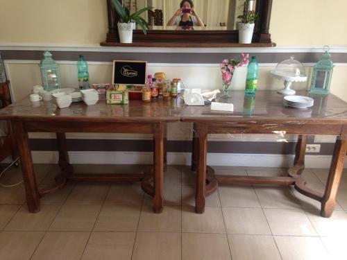 Cuisine ou kitchenette dans l'établissement Domaine du Manoir de Clairval
