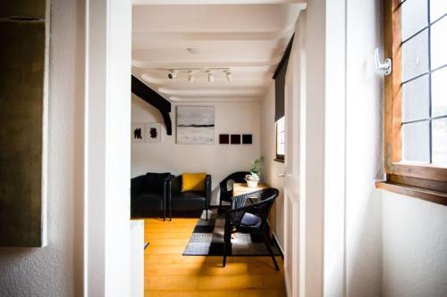 Ein Sitzbereich in der Unterkunft An der Rauschen - Apartments, Ferienzimmer & Kunst