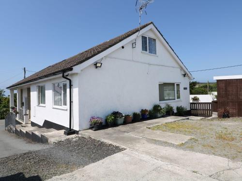 Abersant Cottage, Holyhead