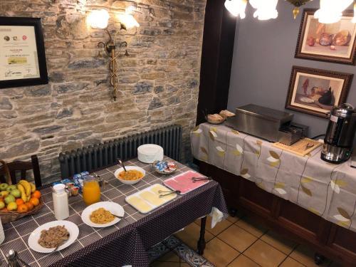 Un restaurante o sitio para comer en El Capricho de Josana