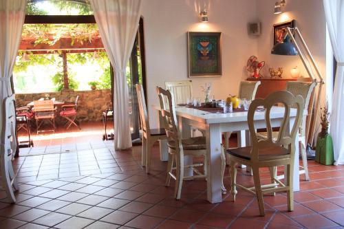 Ресторант или друго място за хранене в Vilarte Hotel