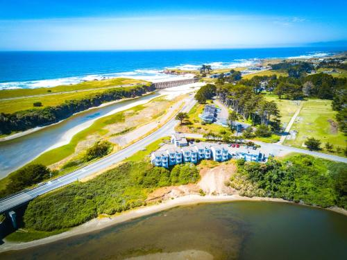 A bird's-eye view of Beach House Inn
