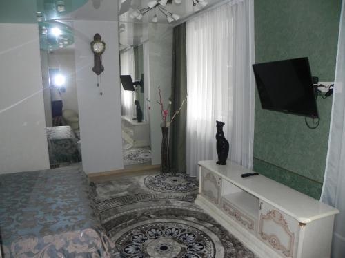 """Телевизор и/или развлекательный центр в Мини-отель """"Ходовой"""""""