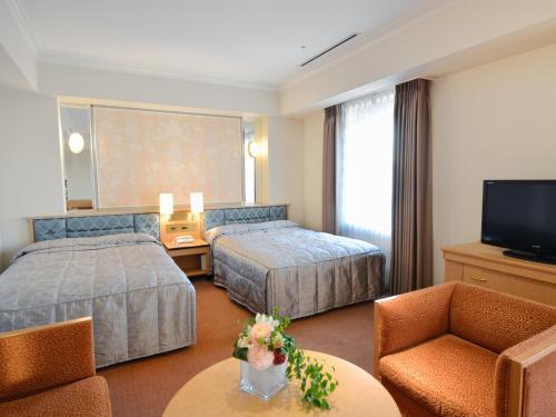 神戶皇冠飯店房間的床