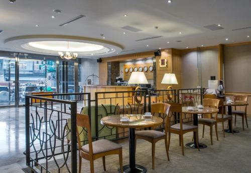 卡爾登飯店中華館餐廳或用餐的地方