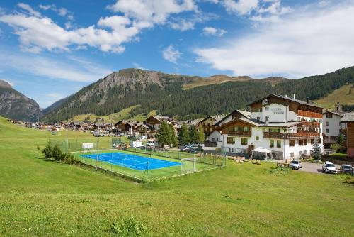 Bazén v ubytování Hotel Posta nebo v jeho okolí