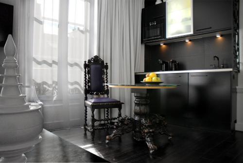 Kuchyň nebo kuchyňský kout v ubytování The Sleeping Lion