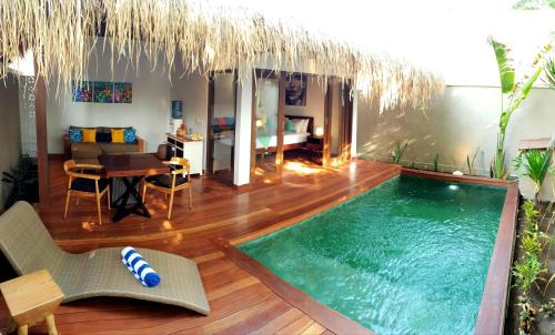 The swimming pool at or close to Pera ONE Villas