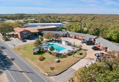 A bird's-eye view of Cape Pines Motel Hatteras Island