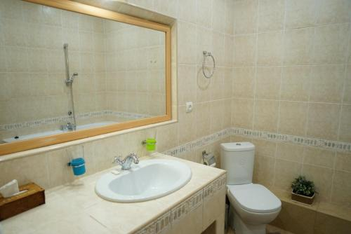 Ванная комната в Отель Александр
