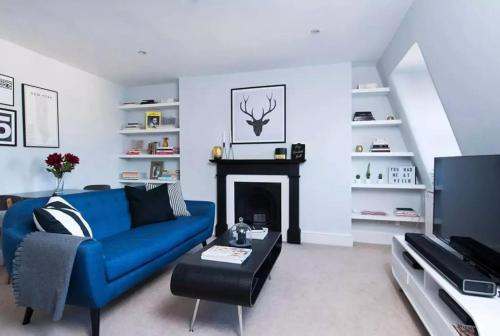 1 Bedroom Apartment In Vibrant Putney