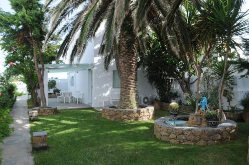 Κήπος έξω από το Crisio Studios