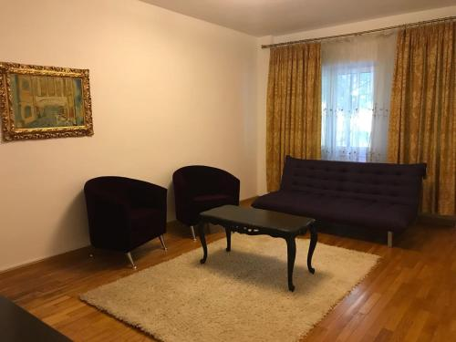אזור ישיבה ב-Nordului Herastrau Luxury Apartment