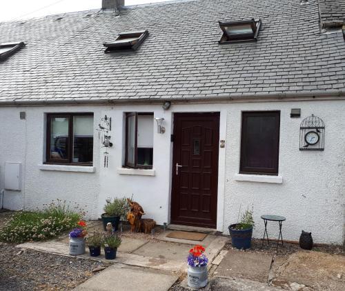 3 Knocknaha Cottage