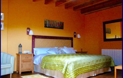 Cama o camas de una habitación en El Castañar Nazari