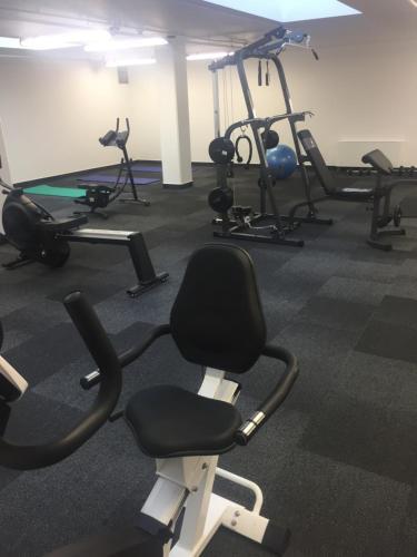Das Fitnesscenter und/oder die Fitnesseinrichtungen in der Unterkunft Di Verdi Imperial Hotel