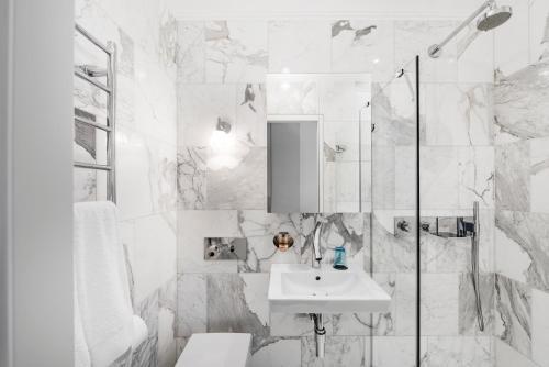 A bathroom at The Joseph | Signature Hotel Vilnius