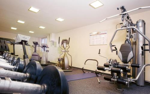 Das Fitnesscenter und/oder die Fitnesseinrichtungen in der Unterkunft Advantage Appartements Hotel
