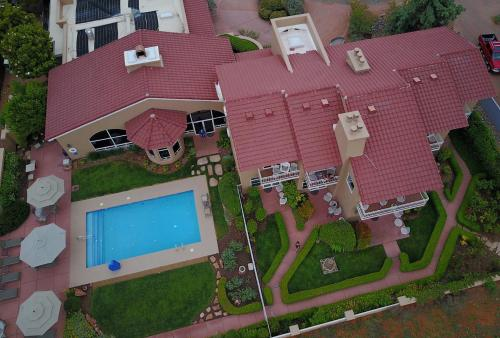 A bird's-eye view of Canyon Villa Bed & Breakfast Inn of Sedona