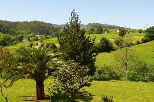 Jardín al aire libre en Posada La Capía