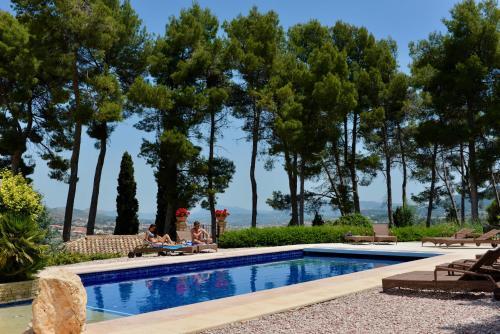 Piscina en o cerca de Eco luxury Hotel Masía la Mota
