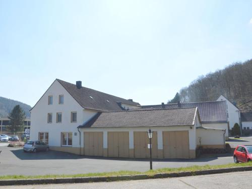 Quaint Holiday Home in Schleiden with Bar