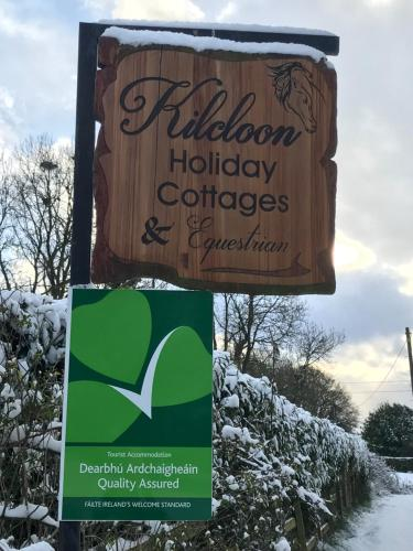 The logo or sign for the holiday home