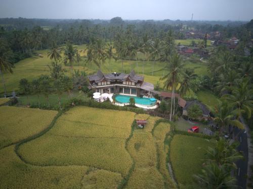 A bird's-eye view of The Alise Villa