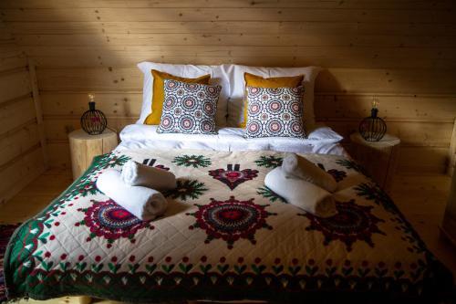 Łóżko lub łóżka w pokoju w obiekcie Domek u MAni