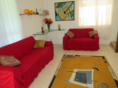 A seating area at Casa Praia Ilheus/Itacare