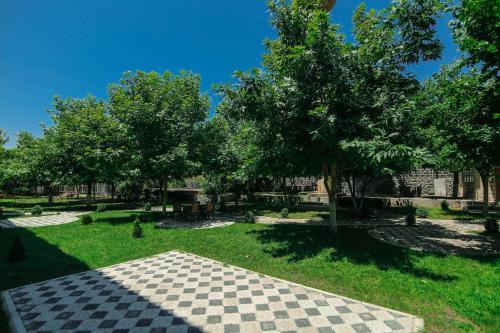Um jardim em Zaqatala Hotel
