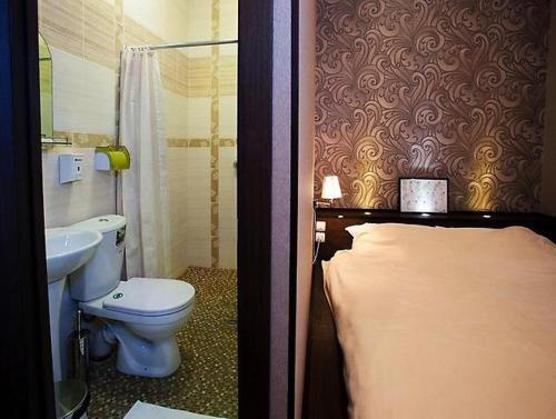 A bathroom at Aqua De Vida