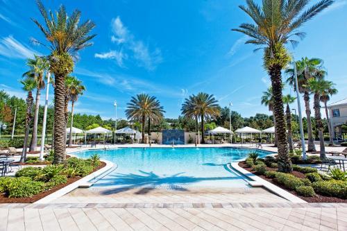 A piscina localizada em Monumental Hotel Orlando ou nos arredores