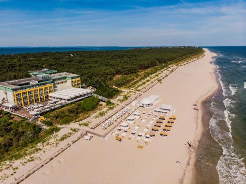 Widok z lotu ptaka na obiekt Hotel Bryza Resort & Spa
