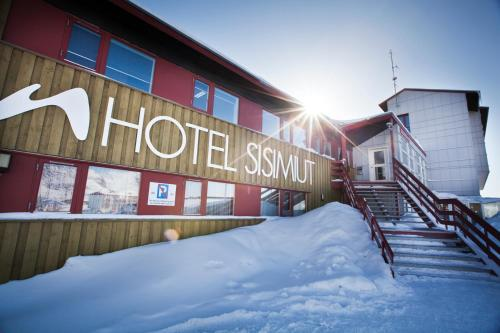 Hotel Sisimiut during the winter