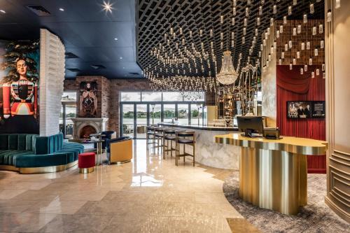 The lounge or bar area at Mercure Kaliningrad