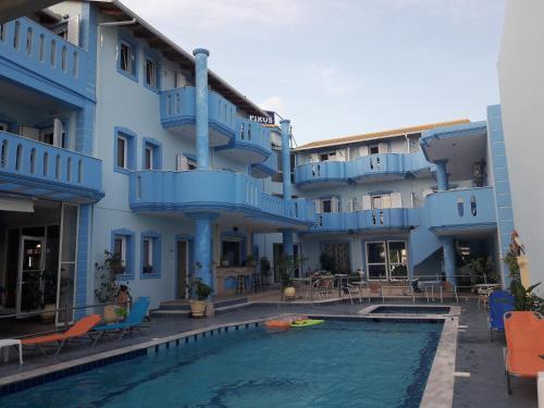 Πισίνα στο ή κοντά στο Hotel Spiros