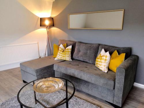 Manor Suite Apt 2 Bed Apt Central Headington close to Oxford Hospitals