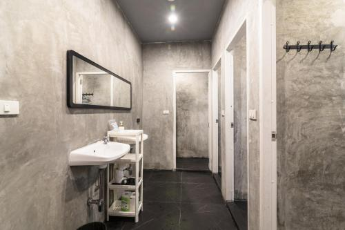A bathroom at The Cocoon Hostel