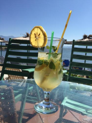 Drinks at Apartmani Alex Beach