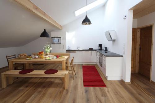 Küche/Küchenzeile in der Unterkunft Beim Schmied
