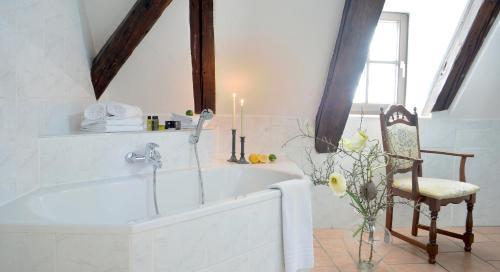 Ein Badezimmer in der Unterkunft Grünes Tor