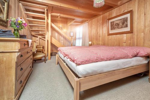 Ein Bett oder Betten in einem Zimmer der Unterkunft BnB DeHeimelig