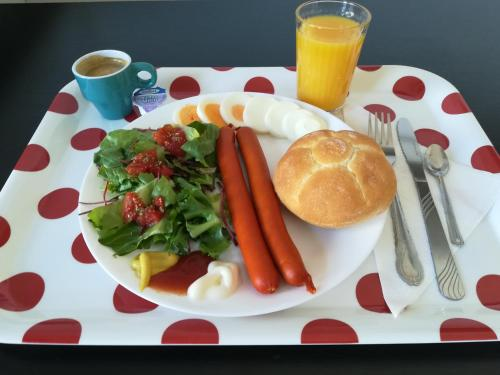 Breakfast options available to guests at Omega Guesthouse Budapest
