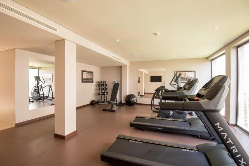 The fitness center and/or fitness facilities at Vila Gale Collection Braga