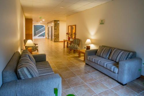 Zona de estar de Hotel Diego de Almagro Puerto Montt