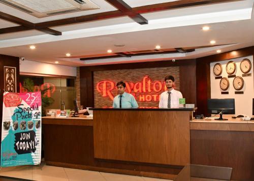 The lobby or reception area at Royalton Hotel Rawalpindi