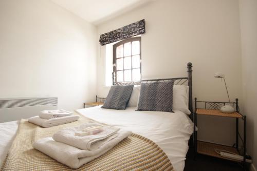 Marina Humber View Apartment